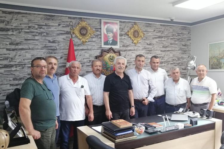 Kamyoncular Kooperatifi Başkanı Derneğimizin üyesi Orhan Yılmaz'a Ziyaret